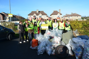 Some of the large number of volunteers who took part in the Clean up. Copyright: Keep Kilkenny Beautiful