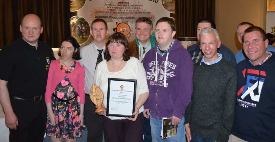 SOS  receive community leadership  award at Annual awards 2013