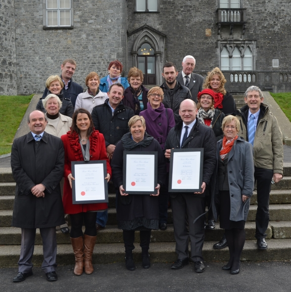 Winning Team celebrate at Kilkenny Castle