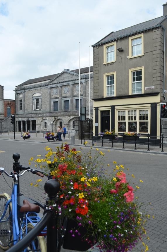 Kilkenny courthouse on Parliament street