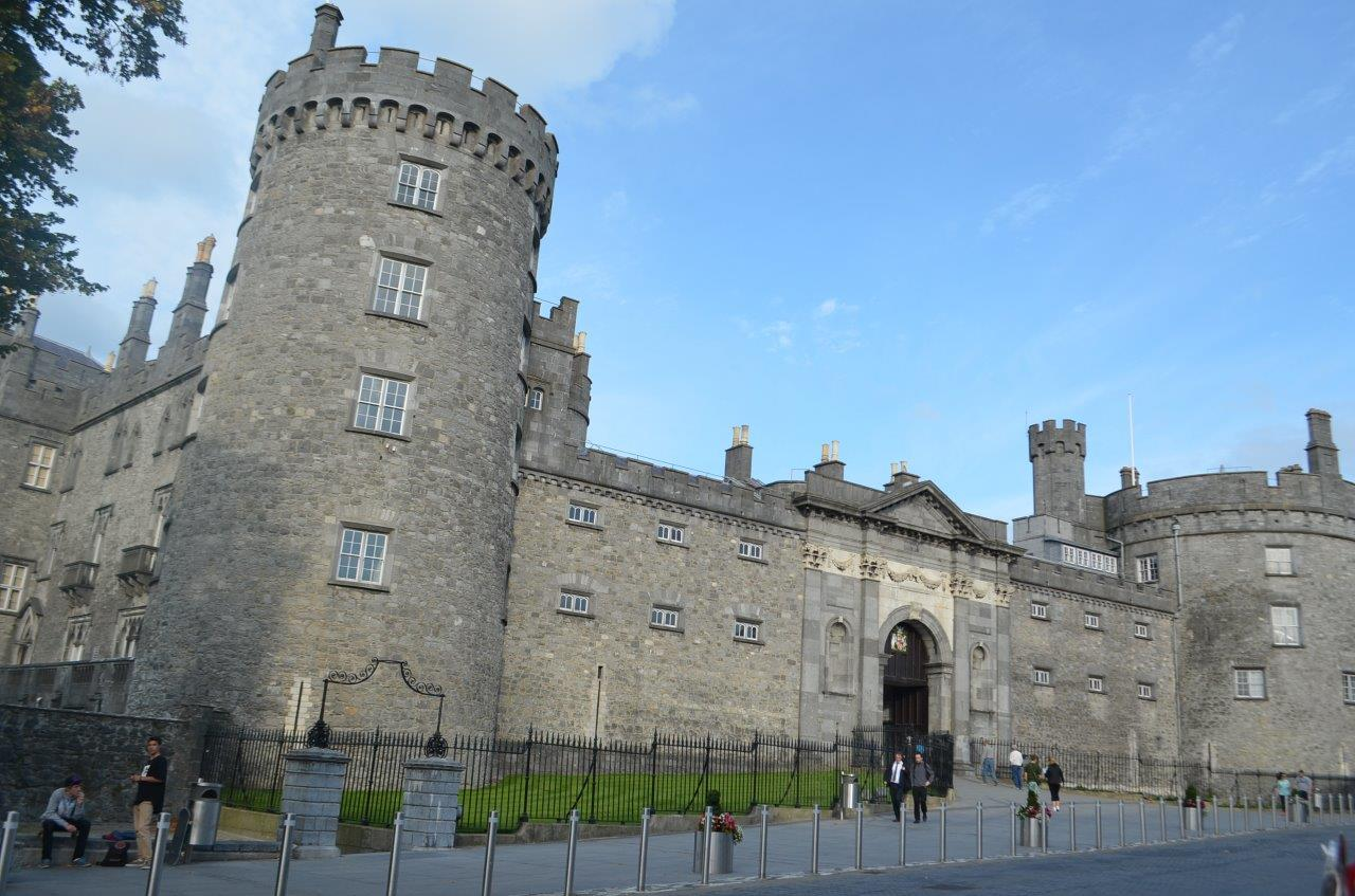 Kilkenny Castle in the soft evening sun  on the day of our win