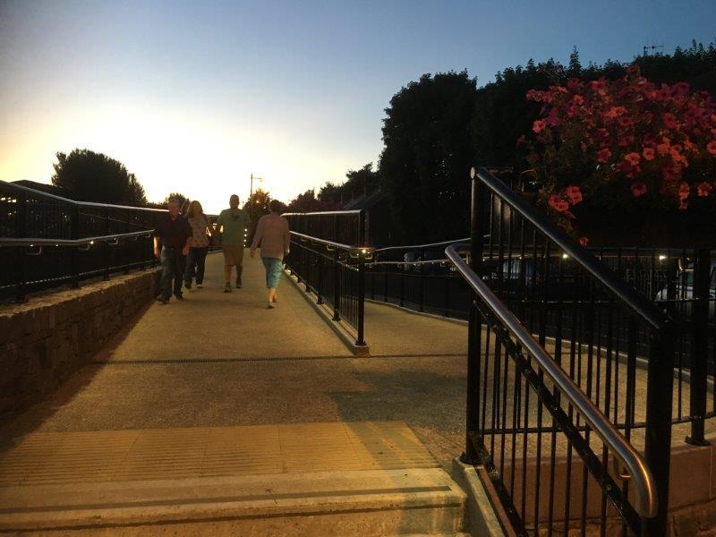 Lady Desart pedestrian bridge